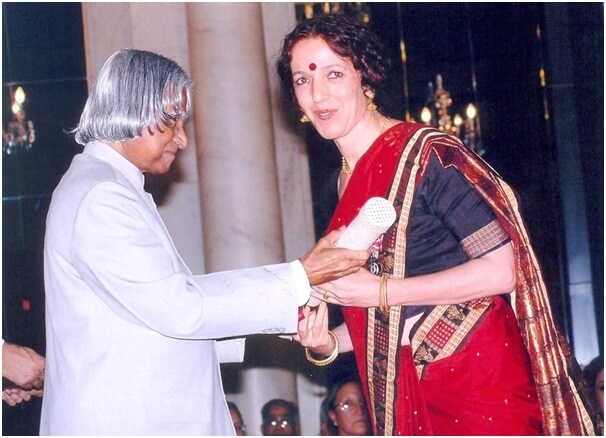 Ileana receiving Padma Shri from the Honble President of India
